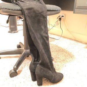 Women's size 8 black knee high boots